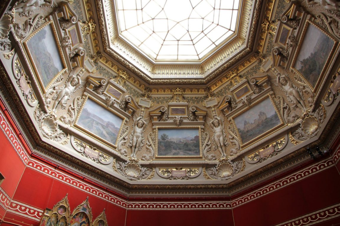 ceiling chateau du chantilly