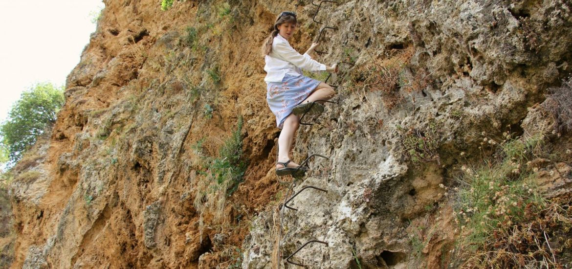 via-ferrata-girl-dress-ronda-