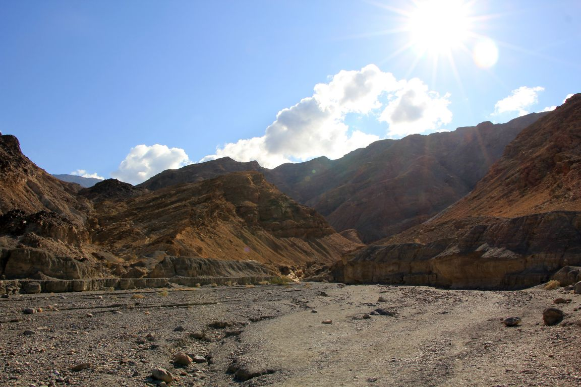 Mosaic Canyon Death Valley Trailhead