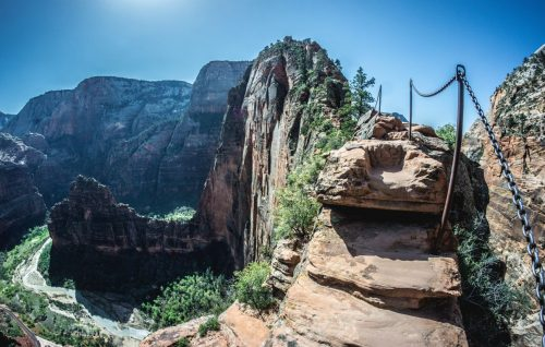 reasons why you should not hike angel's landing